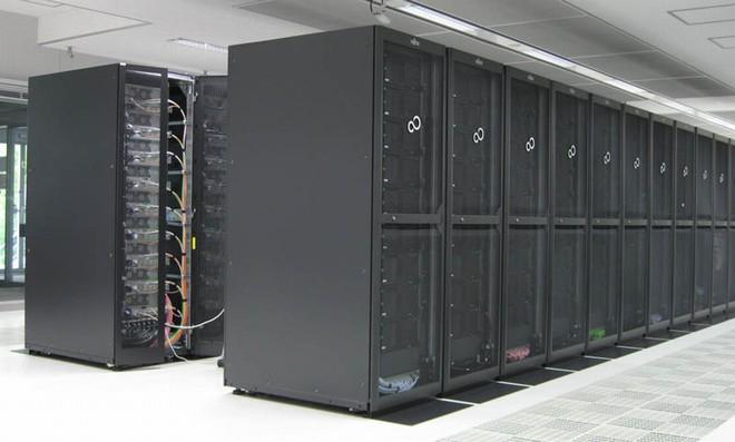 SORA-PP(プレポストシステム)が搭載されたラック群の写真です。